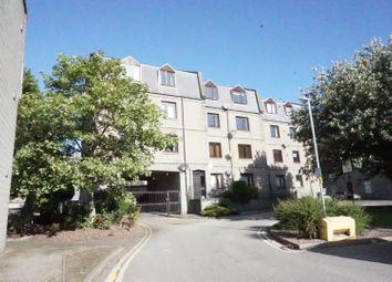 2 bed flat to rent in Richmond Walk, Aberdeen AB25