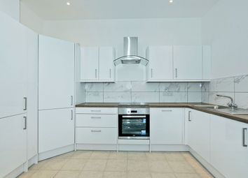 Thumbnail 1 bedroom flat for sale in Kings Apartments, Hanway Road, Portsmouth