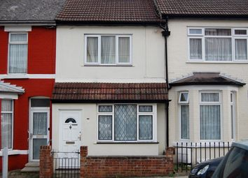 4 bed shared accommodation to rent in St Marys Road, Gillingham ME7