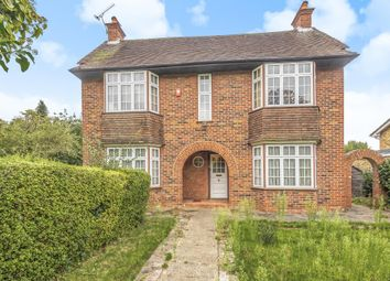 Castle Hill, Maidenhead SL6. 4 bed detached house