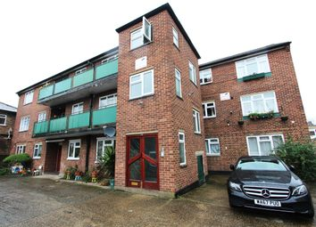 Thumbnail 2 bed flat for sale in Avenue Road, Acton