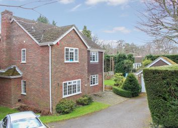 Thumbnail 4 bed detached house for sale in Robinswood Close, Leighton Buzzard