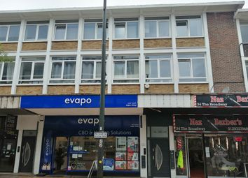 38B The Broadway, Crawley, West Sussex RH10. 2 bed flat for sale