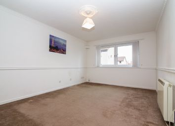 Thumbnail 1 bed flat to rent in Oswald Court, Kirkcaldy