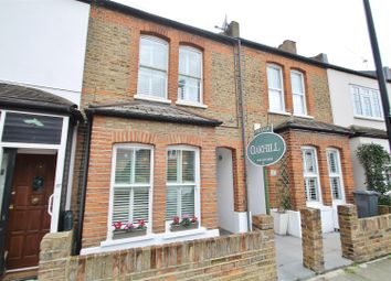 2 bed property for sale in Linkfield Road, Isleworth TW7