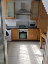 3 bed flat to rent in Chapman Street, Whitechapel Road, Shadwell, Tower Hamlet, London, United Kingdom E1