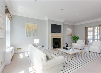Thumbnail 4 bed property for sale in Farrier Walk, London