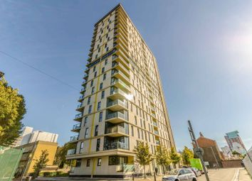 Thumbnail 1 bed flat to rent in Panoramic Tower, Canary Wharf, London