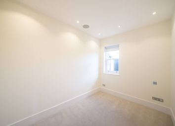3 bed flat for sale in Ruddall Crescent, Hampstead, London NW3