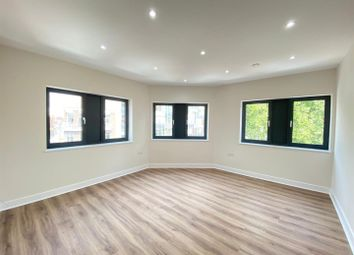 Thumbnail 3 bed shared accommodation to rent in Whitechapel Road, London