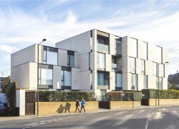 Thumbnail 3 bedroom flat to rent in Oval Road, Primrose Hill, London
