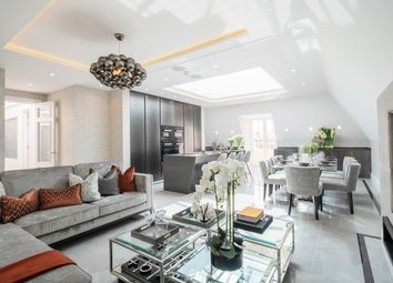 Thumbnail 2 bed flat for sale in Lipton Close, Thomas Court, Southgate