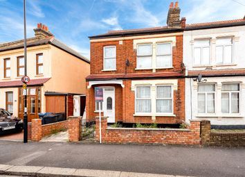 3 bed property to rent in Silverleigh Road, Thornton Heath CR7