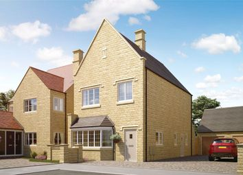 Thumbnail 3 bed detached house for sale in Highworth, Leamington Road, Broadway, Worcestershire