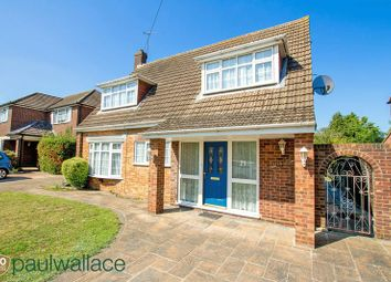 Thumbnail 4 bed detached house to rent in Stratfield Drive, Broxbourne