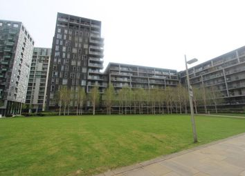 Thumbnail 2 bed flat to rent in Indescon Wharf, Canary Wharf, London