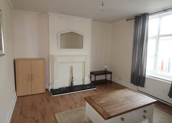 Thumbnail 2 bedroom flat to rent in Haydn Road, Sherwood