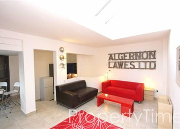 Thumbnail 3 bedroom mews house to rent in Caledonian Road, Islington, London