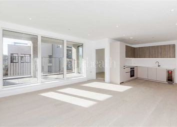 Thumbnail 3 bed flat to rent in The Avenue, Queens Park, London