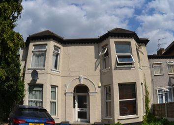 1 bed flat to rent in Aldborough Rd Sth, Seven Kings IG3