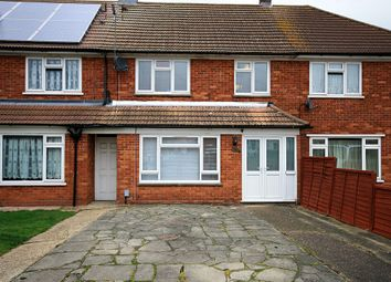 Thumbnail 3 bed terraced house for sale in Lincolns Field, Epping