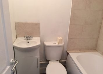 Thumbnail 1 bedroom flat to rent in North Avenue, Southend On Sea