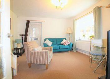 1 bed property for sale in Farrow Close, Luton LU3