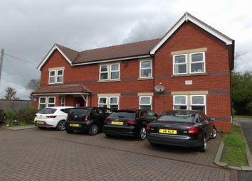 Thumbnail 2 bed flat to rent in Station Road, Holmes Chapel, Crewe