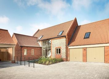 Thumbnail 5 bed link-detached house for sale in Hettie Close, Blakeney, Holt