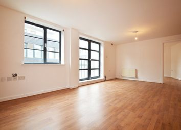 Thumbnail 1 bed flat to rent in Batemans Row, Shoreditch
