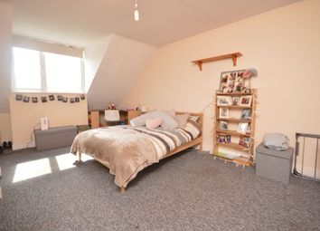 Thumbnail 5 bed flat to rent in Robin Hood Way, London