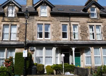 Thumbnail 1 bed flat to rent in Dragon Avenue, Harrogate