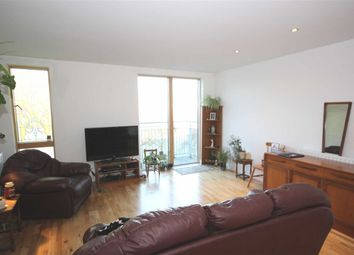 Thumbnail 1 bedroom flat for sale in Alscot Road, London