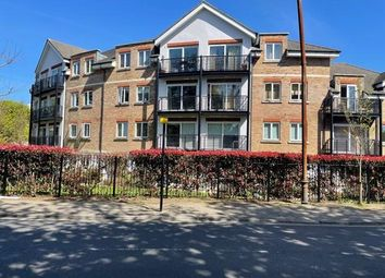 Thumbnail 2 bed flat to rent in Princes Way, London