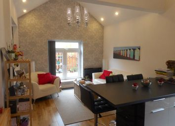 Thumbnail 2 bedroom flat to rent in Richmond Crescent, Roath, Cardiff