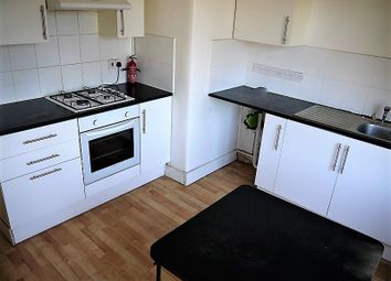 Thumbnail 2 bed flat to rent in Keppel Road, East Ham, London.