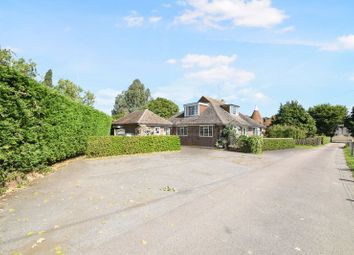 3 bed detached house for sale in Skinners Lane, Edenbridge TN8