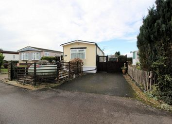 Thumbnail 2 bed mobile/park home for sale in Jacks Hill, Graveley, Hitchin, Hertfordshire