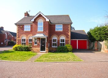 Thumbnail 4 bed detached house to rent in Cleves Close, Loughton