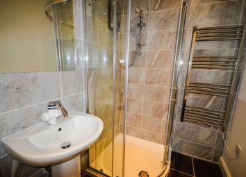 Thumbnail 2 bed flat to rent in Albion Street, Leicester