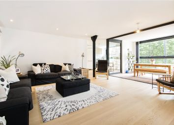 Thumbnail 3 bed flat for sale in Marshalsea Road, London