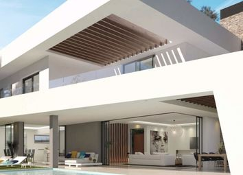 Thumbnail 4 bed villa for sale in Oasis 17, Estepona, Málaga, Andalusia, Spain