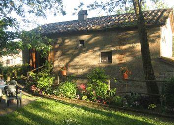 Thumbnail 3 bed farmhouse for sale in Perugia, Umbria