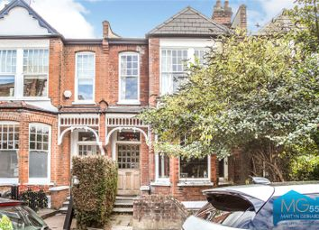 Hillfield Park, Muswell Hill, London N10. 3 bed flat