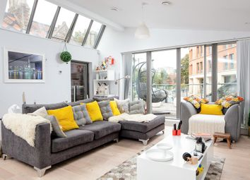 Thumbnail 2 bed flat for sale in Upper Belgrave Road, Bristol, Somerset