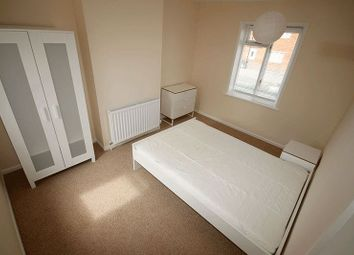 Thumbnail Room to rent in Hall Road, Norwich