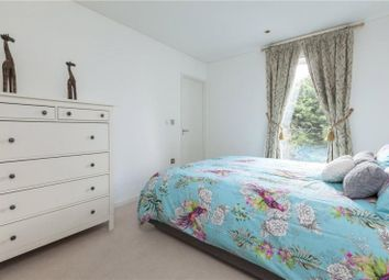 Thumbnail 2 bed property to rent in Balham Grove, Balham, London