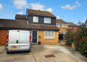 3 bed detached house for sale in Beardsley Drive, Chelmsford, Essex CM1
