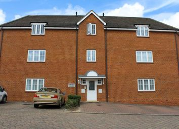 Thumbnail 2 bedroom flat to rent in Snowshill Close, Daventry