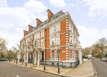 2 bed maisonette for sale in Observatory Gardens, Kensington, London W8